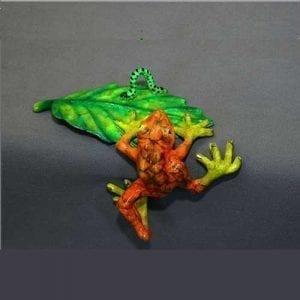 Frog Sculpture Bon Appetit