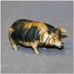 little_pig_figurines_1