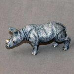 rhino_baby_figurine_1